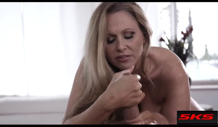 Julia Ann Sexy Massage